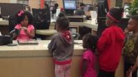 À quatre ans, Daliyah sait déjà qu'elle deviendra bibliothécaire