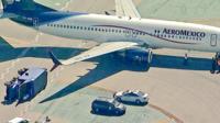 Collision entre un avion Aeromexico et un camion