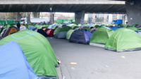 Environ un millier de migrants seraient actuellement à la rue dans la capitale.