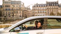Plus de 1.200 places seront désormais réservées aux véhicules des opérateurs Ubeeqo, Ada, Communauto et Drivy, à Paris.