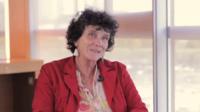 Pour Isabelle Autissier, l'une des solutions pour enrayer la perte de biodiversité serait d'interdire l'utilisation des pesticides.