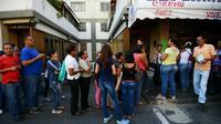 Certains quartiers de Caracas sont privés d'eau jusqu'à trois jours par semaine.
