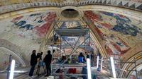 750 mètres carré de peintures retrouveront leur éclat d'antan.