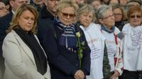 L'humoriste Muriel Robin participe, le 9 mars 2019 à Vaire-sur-Marne, à la marche blanche en mémoire de Julie Douib, la 30e victime de féminicide en 2019 en France [Lucas BARIOULET / AFP]