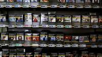 Des paquets de cigarettes en vente chez un buraliste à Fervaches, le 5 décembre 2018 dans la Manche [CHARLY TRIBALLEAU / AFP/Archives]