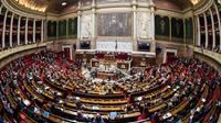 """L'Assemblée nationale a adopté en première lecture le projet de loi """"asile-immigration"""" par 228 voix contre 139 et 24 abstentions, au terme d'une semaine entière de débats enflammés et l'examen d'un millier d'amendements [BERTRAND GUAY / AFP/Archives]"""