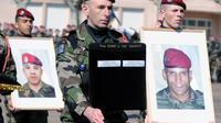 Un hommage a Abel Chennouf et Mohamed Legouad a été rendu vendredi dans la cour du la caserne du 17e RGP à Montauban