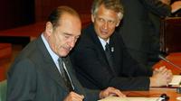 Jacques Chirac et Dominique de Villepin, le 20 mars 2003, au lendemain du début de la guerre en Irak.