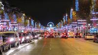 Les Champs-Elysées.