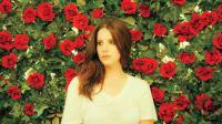 La diva du spleen sort son nouvel album Honeymoon