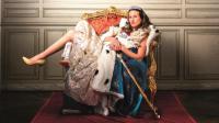 """Camille Cottin joue la """"Connasse"""" en version longue pour le cinéma dans le film de Eloïse Lang et Noémie Saglio """"Connasse, princesse des coeurs""""."""
