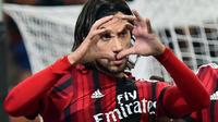 Le défenseur italien a court-circuité les plateformes traditionnelles pour vanter ses talents directement sur les réseaux sociaux.