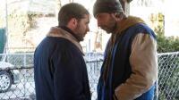 """Tom Hardy et Matthias Schoenaerts dans le film de Michaël R. Roskam """"Quand vient la nuit""""."""