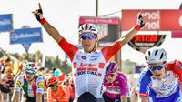 Caleb Ewan a signé sa première victoire sur le Tour de France.