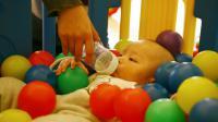 La Chine a officiellement mis fin dimanche à la politique de l'enfant unique avec la promulgation de la loi autorisant tous les couples à avoir un deuxième enfant [GOU YIGE / AFP]