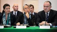 Les ministres Agnès Buzyn (G), Elisabeth Borne et Didier Guillaume le 11 octobre 2019 à Rouen [LOU BENOIST / AFP]