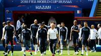 L'équipe de France en bloc pour attaquer le Mondial en Russie, lors d'une séance d'entraînement à Kazan le 15 juin 2019 [FRANCK FIFE / AFP]