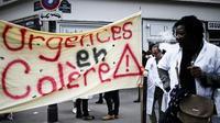 Manifestation de personnels des urgences près du ministère de la Santé, à Paris, le 11 juin 2019 [Philippe LOPEZ / AFP/Archives]