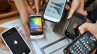 Le Parlement a définitivement adopté l'interdiction des portables dans les écoles et collèges [JUNG YEON-JE / AFP/Archives]