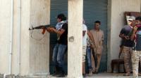 Les forces progouvernementales libyennes en position pour combattre des jihadistes à Syrte, le 12 juin 2016 [STRINGER / AFP]