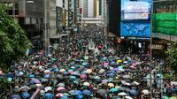Des manifestants sont rassemblés dans le centre de Hong Kong, le 31 août 2019. [Anthony WALLACE / AFP]