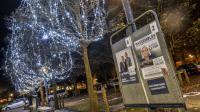 Panneaux électoraux avec les affiches pour le  second tour le 10 décembre 2015 à Lille [PHILIPPE HUGUEN / AFP/Archives]