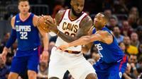 Porté par LeBron James, les Cavs ont décroché une quatrième victoire de suite face aux Clippers, le 17 novembre 2017 à Cleveland [Jason Miller / GETTY IMAGES NORTH AMERICA/AFP]