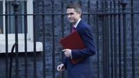 Le ministre britannique de la Défense Gavin Williamson a accusé la Russie de ne pas respecter les règles.
