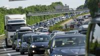 De longues lignes de voitures sont à prévoir ce week-end.