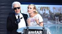 Proche de Karl Lagerfeld depuis de nombreuses années, Diane Kruger manquait rarement les défilés ou événements de la maison de haute couture.