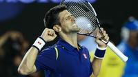Novak Djokovic a battu pour la 4e fois Andy Murray en finale de l'Open d'Australie.