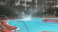 Floride: il filme une mini trombe d'eau à la piscine