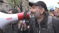 Qui est Nikol Pachinian, l'homme aux portes du pouvoir en Arménie ?