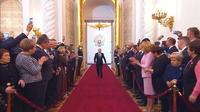 Russie : mise en scène grandiose pour la réélection de Poutine