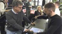Suède : l'implantation d'une puce électronique est devenue tendance