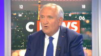 "Jean-Pierre Raffarin : ""Personne ne parle de la paix"""