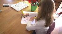 Fêtes des mères : les enfants dessinent leurs cadeaux