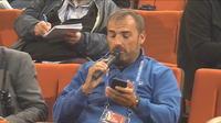 Quand un téléphone pose  une question à Antoine Griezmann
