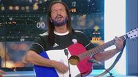 France-Croatie : Francis Lalanne encourage les Bleus en chanson