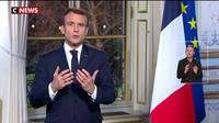 Emmanuel Macron condamne les violences