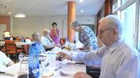 Canicule : comment le personnel soignant fait face dans les Ehpad ?