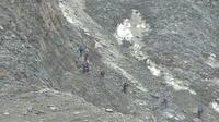 Les gendarmes surveillent de près les alpinistes du Mont Blanc