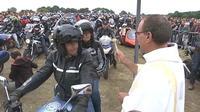 Des milliers de motards demandent le pardon à Porcaro