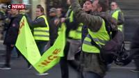 Immersion avec les gendarmes mobiles au cœur des manifestations des Gilets jaunes