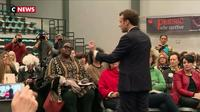 Gironde : Emmanuel Macron face aux femmes