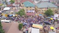 Des milliers de Nigérians célèbrent Osun