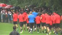 Les supporters et joueurs impatients de la reprise de la Ligue 1
