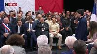 Grand débat : un collégien interpelle Emmanuel Macron sur l'urgence climatique
