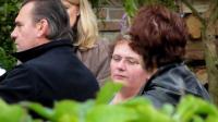 Dominique Cottrez (c), soupçonnée d'octuple infanticide, le 28 septembre 2010 à Villers-au-Tertre