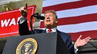 Donald Trump lors d'un meeting à El Paso, au Texas, à la frontière avec le Mexique, où le président américain veut construire un mur.